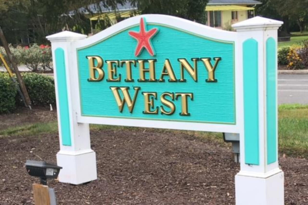 334_bethany-west-neighborhood Neighborhoods - 1st Choice Properties