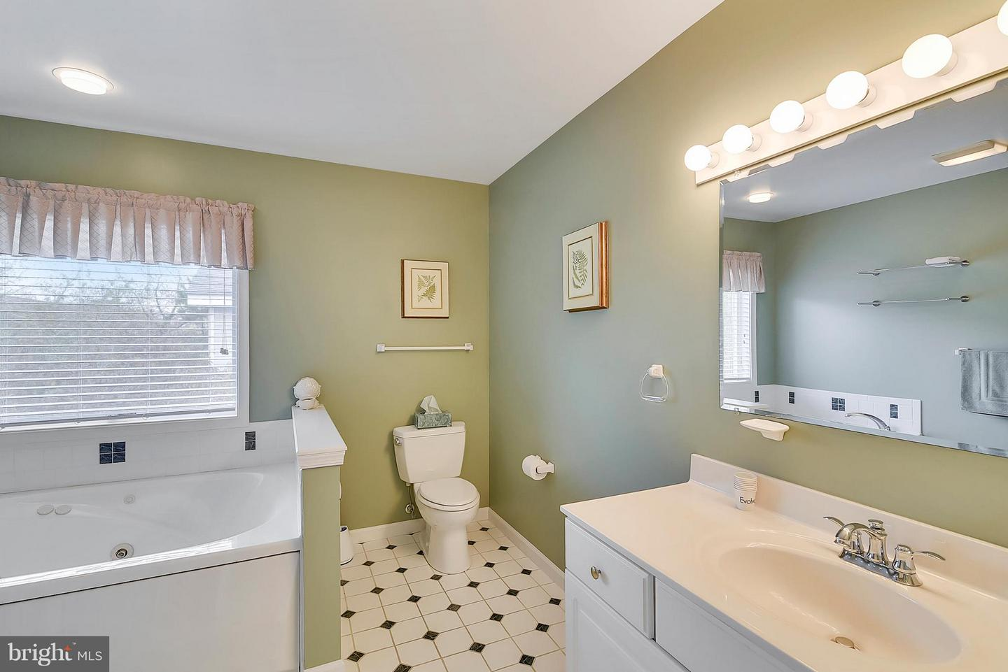 1002344128-300986988071-2018-11-07-14-16-58 39634 Seatrout Cir | North Bethany, DE Real Estate For Sale | MLS# 1002344128  - 1st Choice Properties