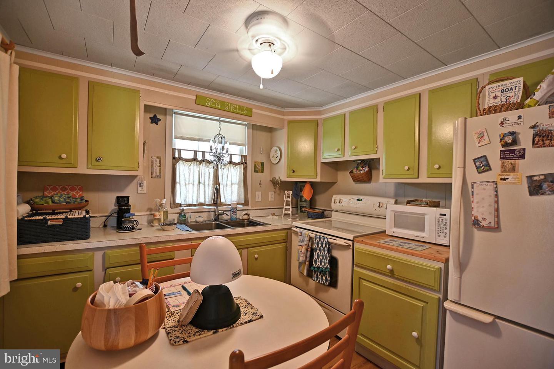 DESU2003200-800906112446-2021-09-03-21-30-12 31095 Bay Haven St | Ocean View, DE Real Estate For Sale | MLS# Desu2003200  - 1st Choice Properties